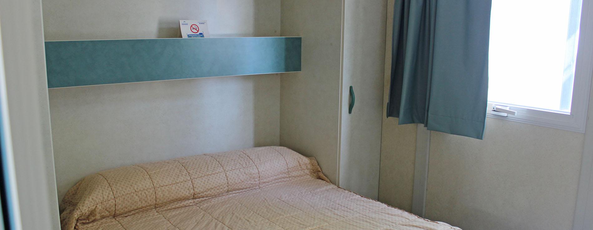 Comodas instalaciones de un cuidado camping en plena costa azahar